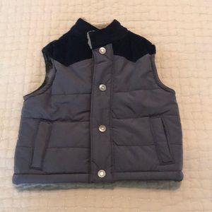 Carters Vest Size 6 months